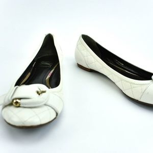 BURBERRY White Quilted Leather & Buckle Flats 9.5M